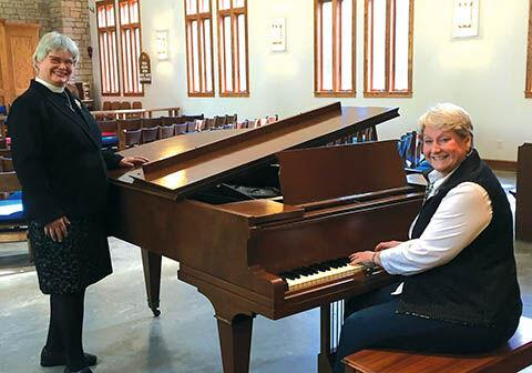 Michiana Arts Foundation helps Church of the Mediator get a baby grand piano